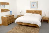 Block king size bed - Natural